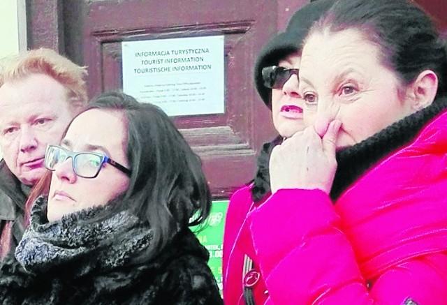To, że zanieczyszczeń powietrza nie widać, nie znaczy, że ich nie ma - mówiła Joanna Liddane (z prawej) oraz inni uczestnicy spotkania.