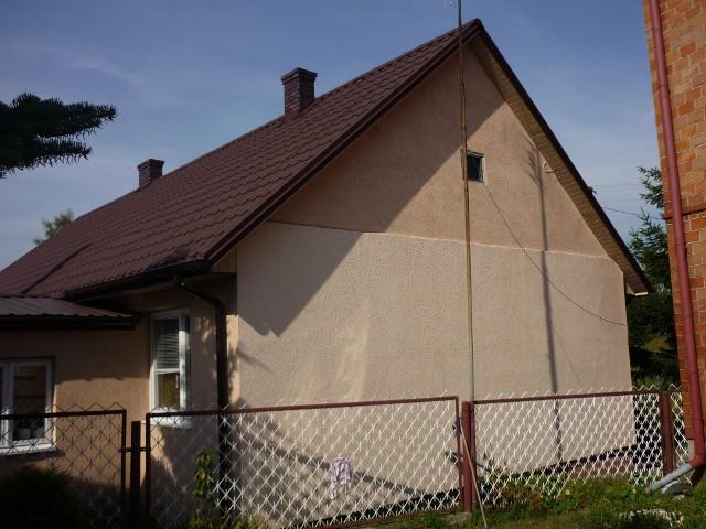 Dom jednorodzinnyW cenie 3-pokojowego mieszkania w dużym mieście możemy kupić dom za miastem.