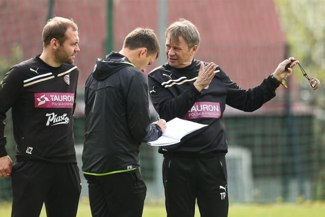 Tadeusz Pawłowski (z prawej) trener piłkarzy Śląska