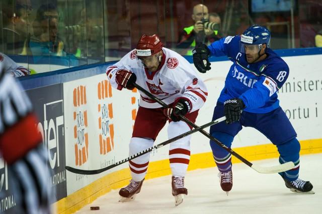Anton Bernard (z prawej) podczas meczu Polska – Włochy (1:2)