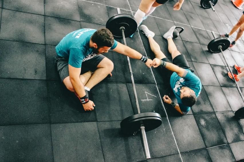 Schudnij nawet 25kg – NAJLEPSZE ćwiczenia odchudzające!