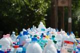 Będzie kaucja za szklane i plastikowe butelki. Znamy wstępne założenia nowego systemu!