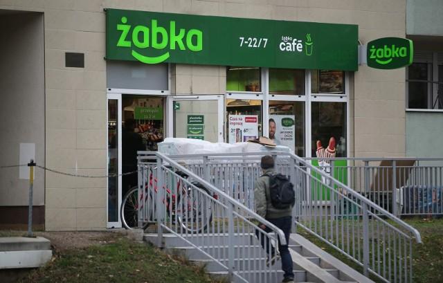 Sklepy Żabka bez kas - czynne przez całą dobę, siedem dni w tygodniu? Godziny otwarcia Żabki bez znaczenia - sklepy będą otwarte zawsze?