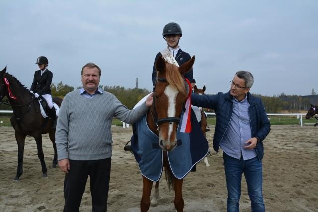 W kochłowickim Klubie Jeździeckim OMEGA w sobotę, 14 października, 33 zawodników rywalizowało o Puchar OMEGI 2017