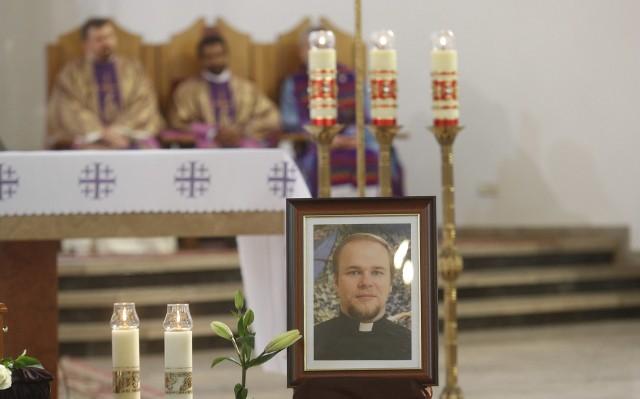 W środę, w kościele Ducha Świętego w Dębicy, odbył się pogrzeb tragicznie zmarłego w Tanzanii misjonarza ks. Adama Bartkowicza.