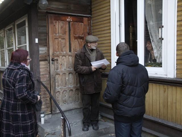 Tak wyglądało niedzielne referendum. Ankieterzy odwiedzali mieszkańców tak zwanego serca Bojar. Większość opowiedziała się za ściślejszą ochroną drewnianej dzielnicy Białegostoku.