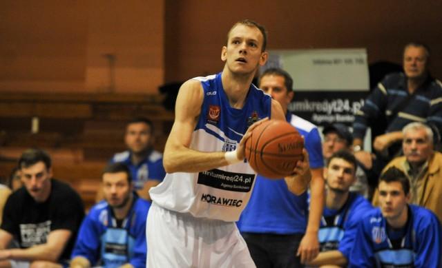 Tomasz Nowakowski zdobył najwięcej punktów dla prudnickiej drużyny w środowym meczu.