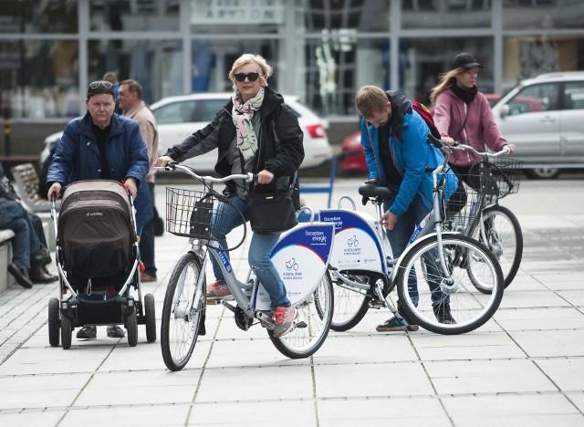 Po raz drugi rowerzyści kręcą kilometry i zdobywają punkty dla swoich miast. Ci, którzy zdobędą ich najwięcej dla Koszalina, dostaną bony na zakupy w sklepie sportowym.