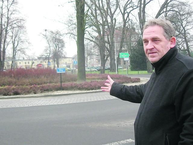 - Dobrze, że NIK zajmuje się kontrolą wydatków miasta - mówi Aleksander Czerwonajcio, radny miejski. - Ponadto mam wiele zastrzeżeń, co do rozwiązań projektowych zastosowanych przy przebudowie tej trasy.
