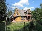 W tym domu urodził się Zenek Martyniuk. Zobacz jak wygląda rodzinny dom gwiazdy 9.05.2021