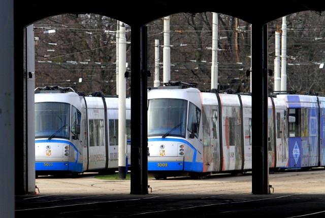Komunikacja miejska w długi weekend majowy 2017 - MPK WROCŁAW MAJÓWKA 2017 - rozkład jazdy