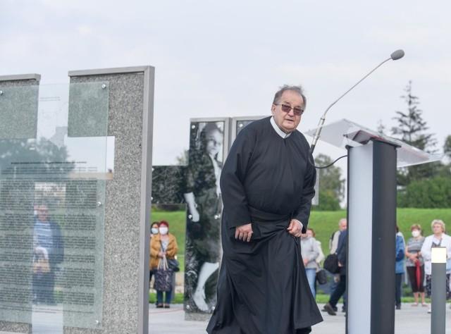 Radio Maryja odpiera ataki na ojca Tadeusza Rydzyka