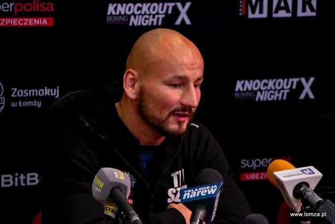 Artur Szpilka w Łomży, podczas konferencji zapowiadającej jubileuszową galę Knockout Boxing Night X