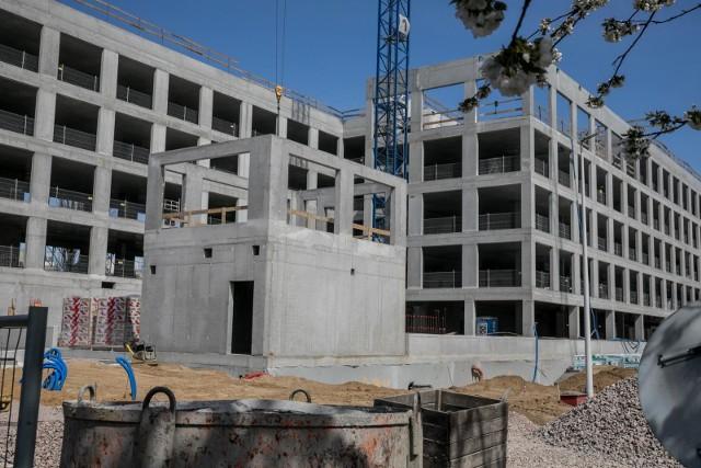 Szybko wracająca do normy sprzedaż mieszkań to najpewniej jeden z głównych powodów, dla których czerwiec przyniósł bardzo dobre dane z sektora budownictwa mieszkaniowego.