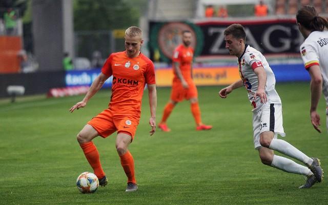 W pierwszym meczu, rozegranym w Lubinie, Jagiellonia zremis9owała z Zagłębiem 2:2