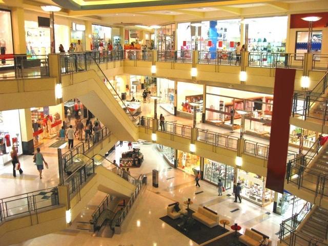 Jak będą otwarte sklepy w Zielone Świątki, 15 maja? Gdzie będziemy mogli zrobić zakupy?Zielone Światki 2016. Jak są otwarte sklepy