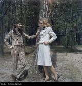 Moda w PRL była inspirowana francuską. Było kolorowo i z klasą. Zobaczcie archiwalne zdjęcia