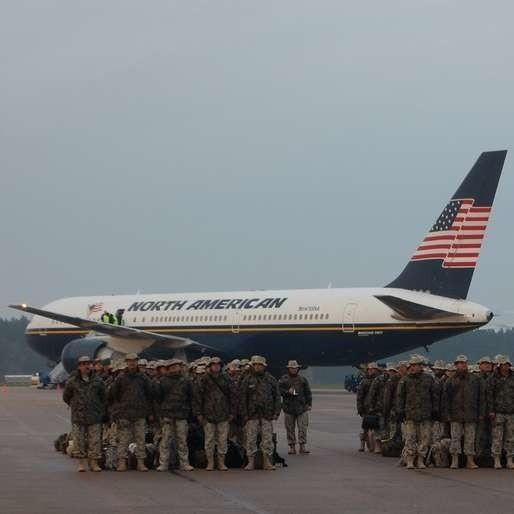 Polscy żołnierze wylądowali w kraju. Nasi wojskowi zakończyli 10 zmianę swojej obecności w Iraku.