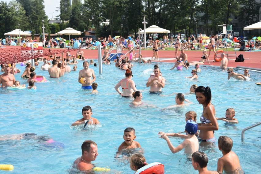 Rybnik otwiera baseny i kąpieliska. Kiedy ruszy basen Ruda?