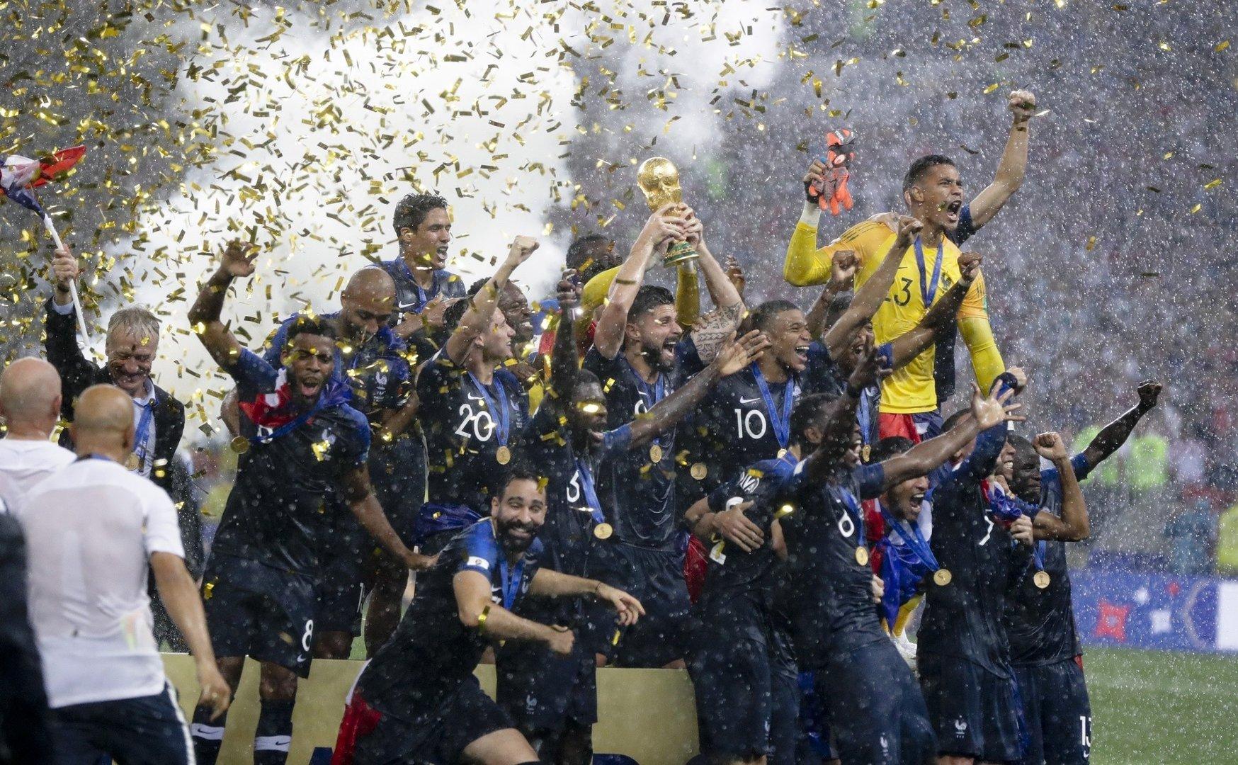 3e252f0f6 Mundial 2018. Francja mistrzem świata. Finał z Chorwacją jak z marzeń. Sześć  goli w Moskwie!