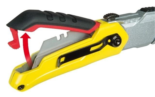 Nóż składany FatMax z chowanym ostrzemWymiana ostrzy w FatMax jest prosta.