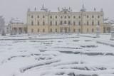Zima opanowała Białystok! Rynek Kościuszki, Pałac i Park Branickich pod śniegiem. Zobacz zdjęcia naszego fotoreportera!