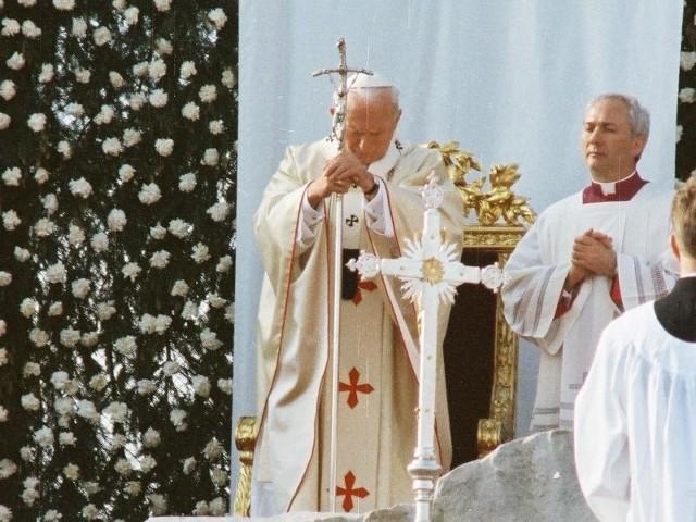 2 kwietnia odbędą się uroczystości związane z szóstą rocznicą śmierci Jana Pawła II