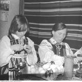 Wielkanocne tradycje: Palmy, pisanki, świąteczne dekoracje i śmigus dyngus na starych zdjęciach