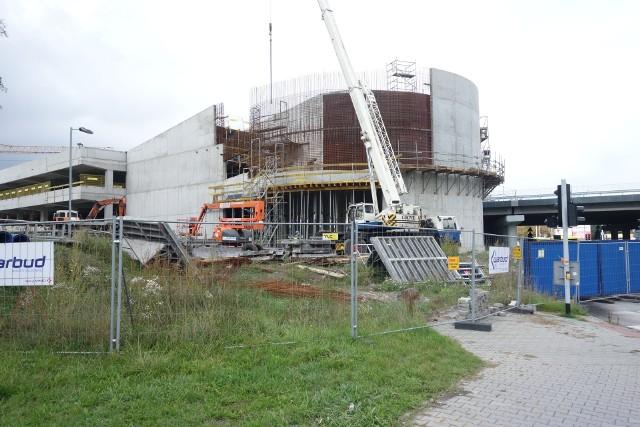 Katowice: wciąż trwa budowa węzła przesiadkowego Brynów