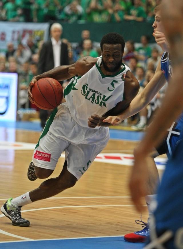 Dominique Johnson (19 pkt) zagrał jak na lidera przystało