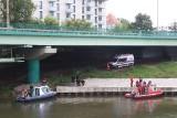Ciało kobiety wyłowione z Odry przy moście Dmowskiego