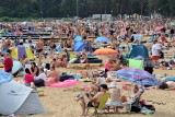 Tłumy nad zalewem w Sielpi. Pochmurne niebo nie odstraszyło plażowiczów! (ZDJĘCIA)