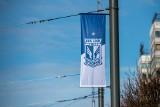 Lech Poznań obchodzi 99. urodziny. Z tej okazji w mieście pojawiły się flagi Kolejorza!