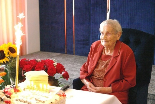 Pani Helena Wójcik świętowała w sobotę, 11 lipca setną rocznicę urodzin.