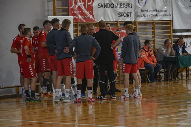 Wyjazdowym meczem z Grunwaldem Ruda Śląska piłkarze ręczni Wisły Sandomierz zaczynają w sobotę sezon w pierwszej lidze.