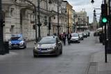 Protest taksówkarzy na ul. Piotrkowskiej. Domagają się walki z nielegalnymi przewoźnikami