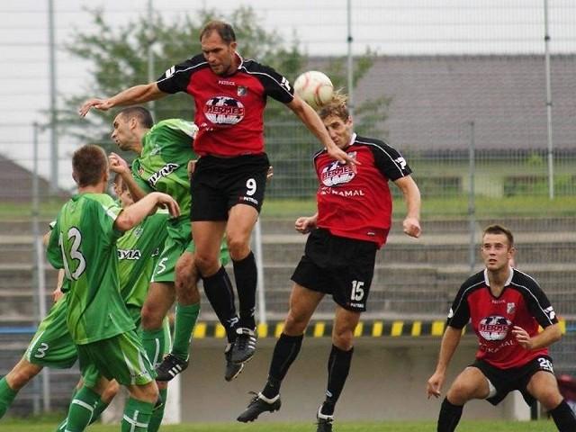 ma okazję zrewanżować się drużynie Michała Nadolskiego (w wyskoku) za wrześniową porażkę w III lidze.