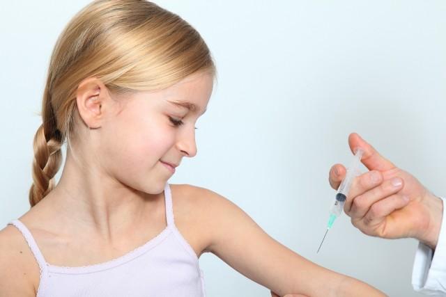 Szczepienia ochronne są obecnie jedną z najlepszych form inwestycji w swoje zdrowie. Stanowią one podstawową prewencji przed chorobami zakaźnymi.