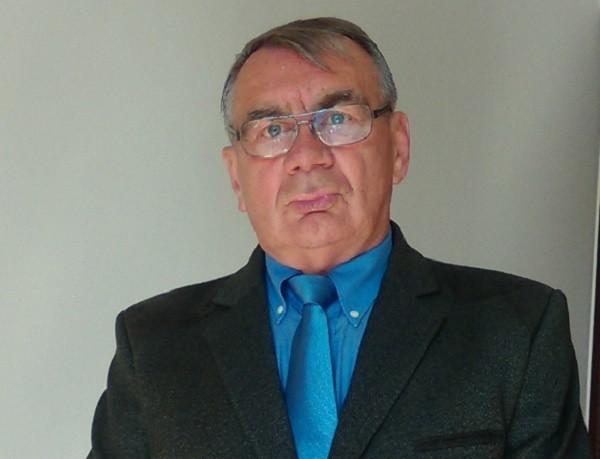 - Szmalcownik to jest ktoś kto donosi - tłumaczy Zdzisław Kulczyński