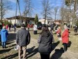 Święcenie pokarmów w parafii Niepokalanego Poczęcia Najświętszej Marii Panny na bydgoskich Jachcicach [zdjęcia]