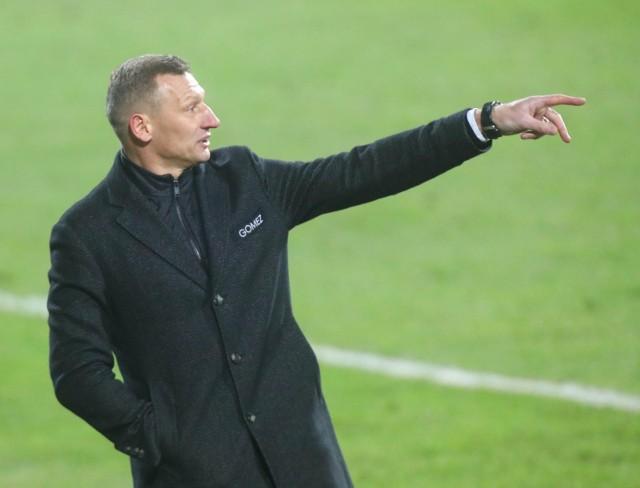 Dariusz Żuraw pozostawał bez pracy od kwietnia 2021 roku. Teraz związał się dwuletnią umową z Zagłębiem Lubin.