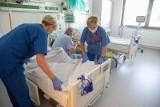Ponad tysiąc nowych zakażeń koronawirusem. To najwyższy wynik od początku pandemii