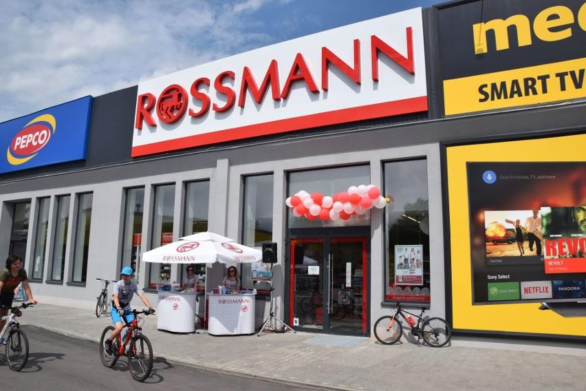 Nowy sklep w suchedniowskiej Galerii FUT. W piątek rano otwarto market sieci Rossman