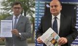 Poseł Konrad Frysztak zarzuca Andrzejowi Kosztowniakowi wstrzymywanie prac przy S12. Co na to parlamentarzysta Prawa i Sprawiedliwości?