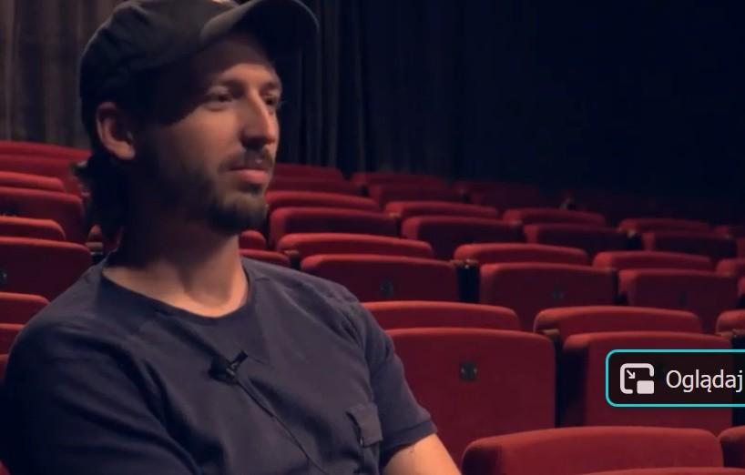 """Przedstawienie """"Pornografia"""" zrealizowane jest przez Jana Hussakowskiego, zwycięzcę konkursu dla młodych reżyserów, zorganizowanego przez Teatr Powszechny.G"""