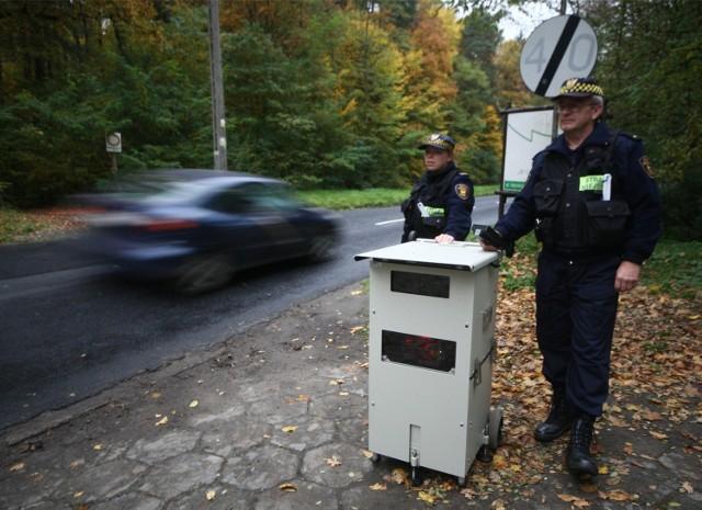 Straż miejska w Łodzi używała fotoradaru, który działał na częstotliwościach, zarezerwowanych dla wojska