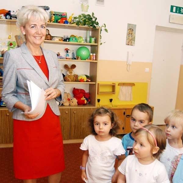 - Niestety, choćbyśmy chcieli, nie możemy przyjąć więcej dzieci, bo nie mamy już miejsc - mówi Elżbieta Dyś, dyrektor Miejskiego Zarządu Żłobków w Rzeszowie.