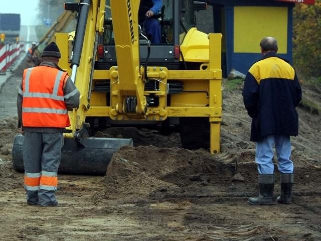 Obie inwestycje mają zakończyć się jesienią 2012 roku.