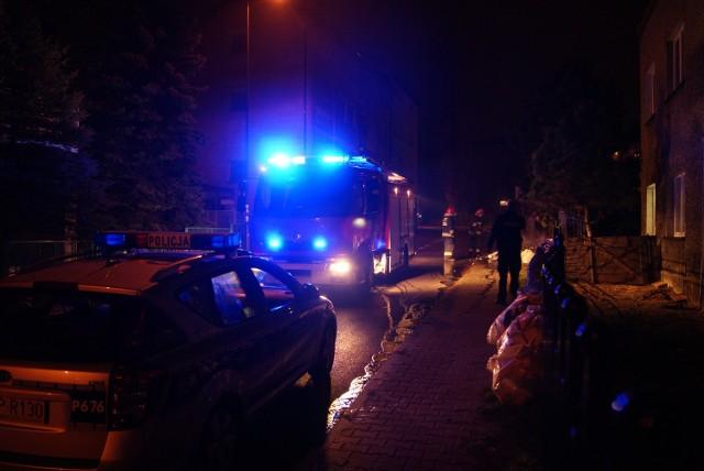 Pożar w Rybniku na Strzeleckiej. Podpalono plastiki