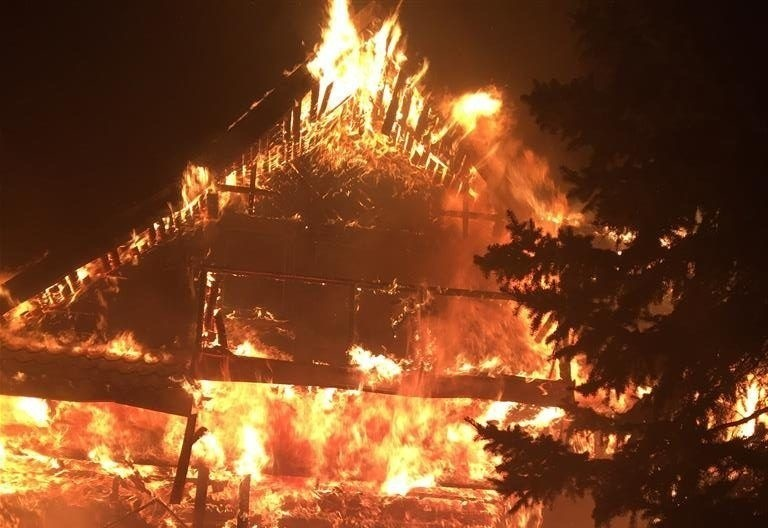 Siemiatycze. Dom płonął jak pochodnia (zdjęcia)